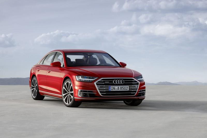 Audi A8 hoàn toàn mới với kiểu dáng sang trọng