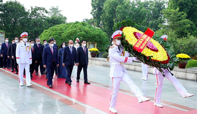 Kỷ niệm 74 năm Ngày Thương binh - Liệt sĩ: Đời đời ghi nhớ công ơn các anh hùng, liệt sĩ