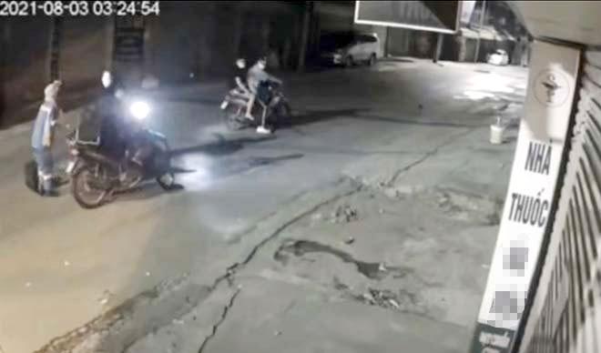Đề phòng tội phạm cướp giật lúc đêm vắng