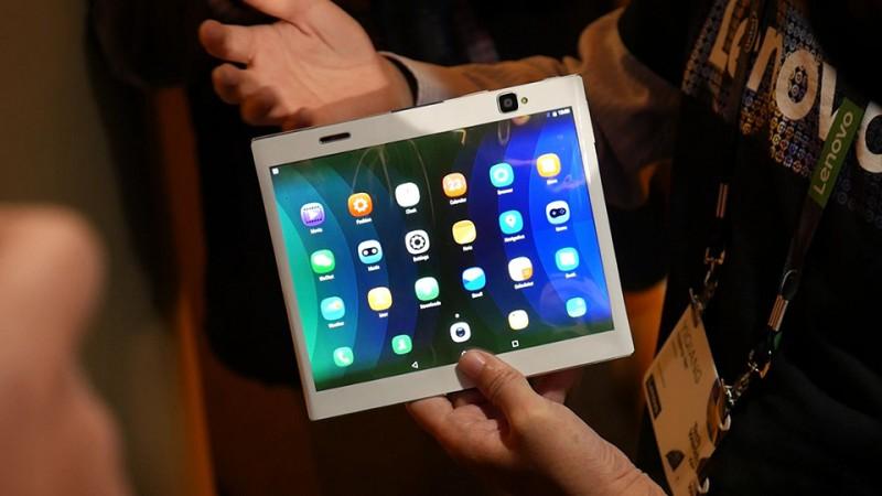 Lenovo: Smartphone màn hình gập sắp ra mắt?