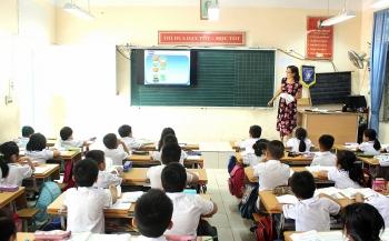 Không so sánh, tạo áp lực cho học sinh