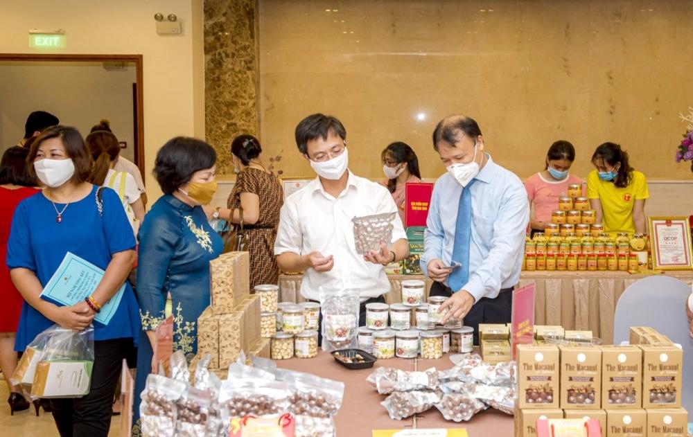 """Bước """"chuyển mình"""" của nông sản Việt"""