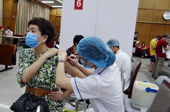 Hà Nội đã sẵn sàng cho việc thần tốc tiêm vắc xin