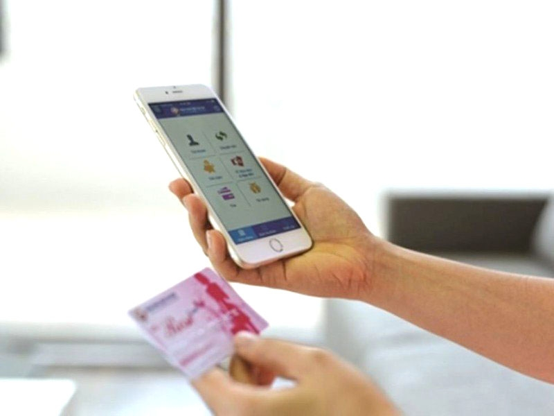 """Vay tiền qua app: Loại bỏ hình thức """"tín dụng đen"""" trên không gian mạng"""