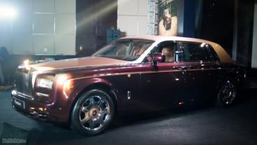 Đẳng cấp Rolls-Royce Phantom Lửa Thiêng