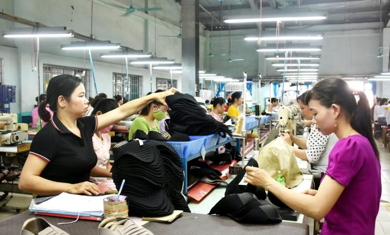 Người lao động có quyền đơn phương chấm dứt hợp đồng không cần lý do