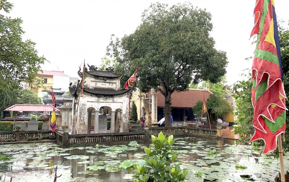 Vẻ đẹp làng cổ ven sông