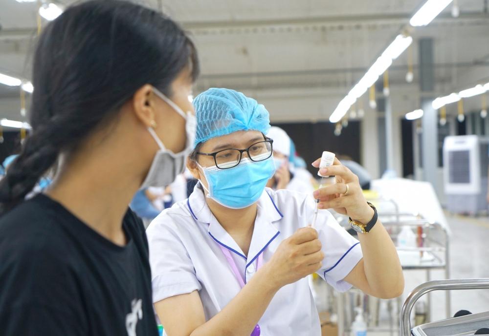 Tiêm vắc xin phòng Covid-19 cho trẻ em: Đặt yếu tố an toàn lên hàng đầu
