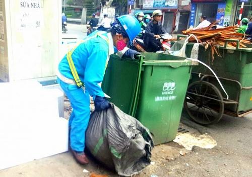 Văn minh đô thị từ việc đổ rác đúng giờ
