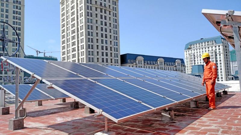 """Xóa """"điểm nghẽn"""" để phát triển năng lượng tái tạo"""