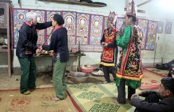 Gìn giữ văn hóa người Dao dưới chân núi Tản