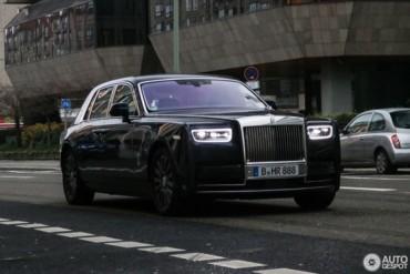 Rolls-Royce Phantom trang bị động cơ V12 6.75L tăng áp kép hoàn toàn mới