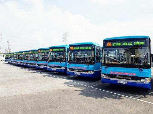 Phát triển mạng lưới xe buýt xứng tầm