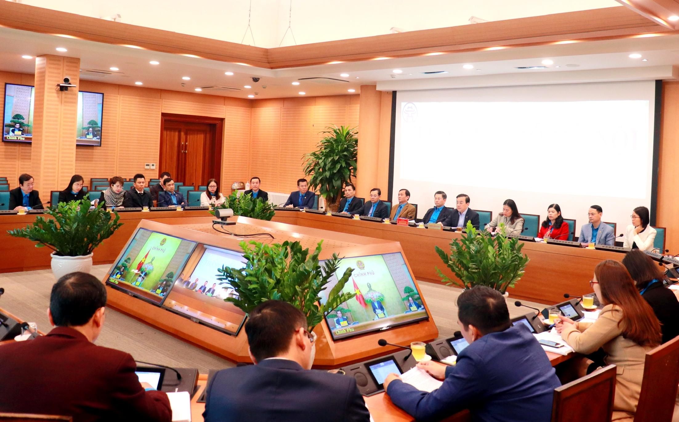 Thủ tướng Chính phủ làm việc với Tổng Liên đoàn Lao động Việt Nam và 27 tỉnh, thành phố