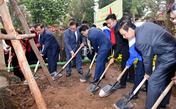 Lãnh đạo Thành phố dự Lễ phát động Tết trồng cây