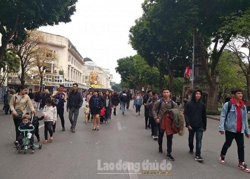 Hà Nội: Tạm dừng phố đi bộ hồ Hoàn Kiếm trong cao điểm phòng, chống dịch