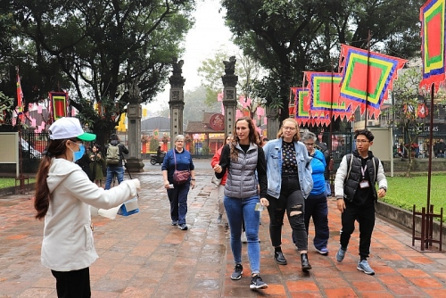 Chịu ảnh hưởng từ dịch bệnh, du lịch Việt tập trung mở rộng thị trường