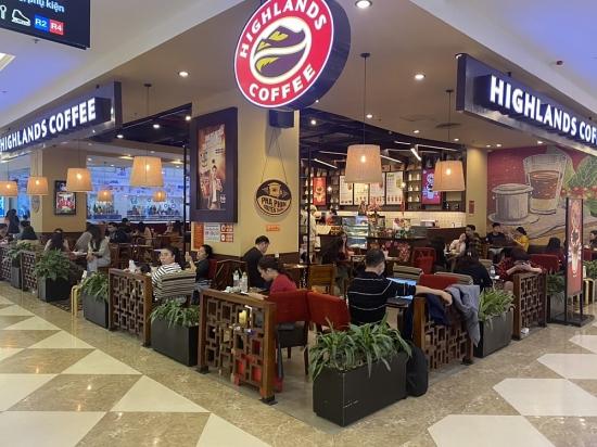 Vẫn còn hiện tượng coi nhẹ việc phòng dịch Covid-19 tại nhiều nhà hàng, quán cafe