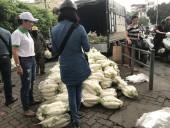 Người dân Hà Nội chung tay 'giải cứu' củ cải