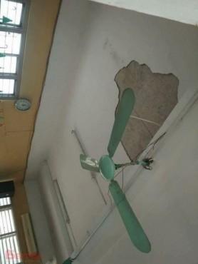 Hà Nội: Sập mảng vữa trát trần, 3 học sinh bị thương