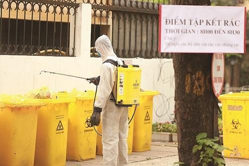 Hà Nội: Đảm bảo triệt để xử lý rác thải tại các khu vực cách ly