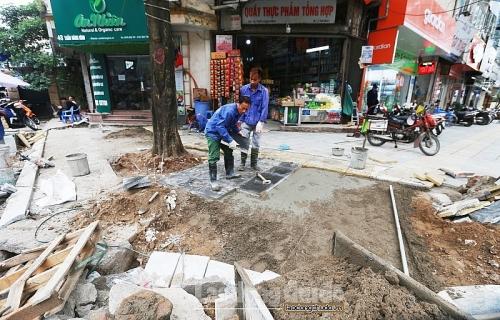 Hà Nội: 'Chuẩn hóa' mẫu hè, đường phố