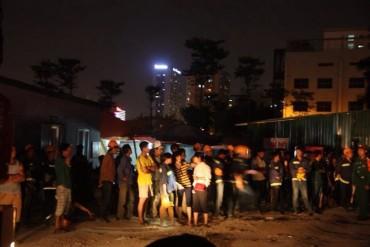 Cháy lớn tại khu lán tạm, nhiều công nhân trắng tay
