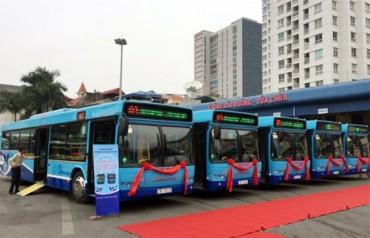 Hà Nội tiếp tục phủ sóng xe buýt chất lượng cao