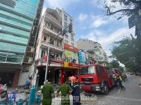 Nổ lớn tại phố Cửa Nam khiến nhiều người đi cấp cứu