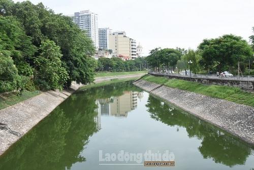 """Sông Tô Lịch sẽ """"hồi sinh"""" nhờ đường ống ngầm dẫn nước thải"""