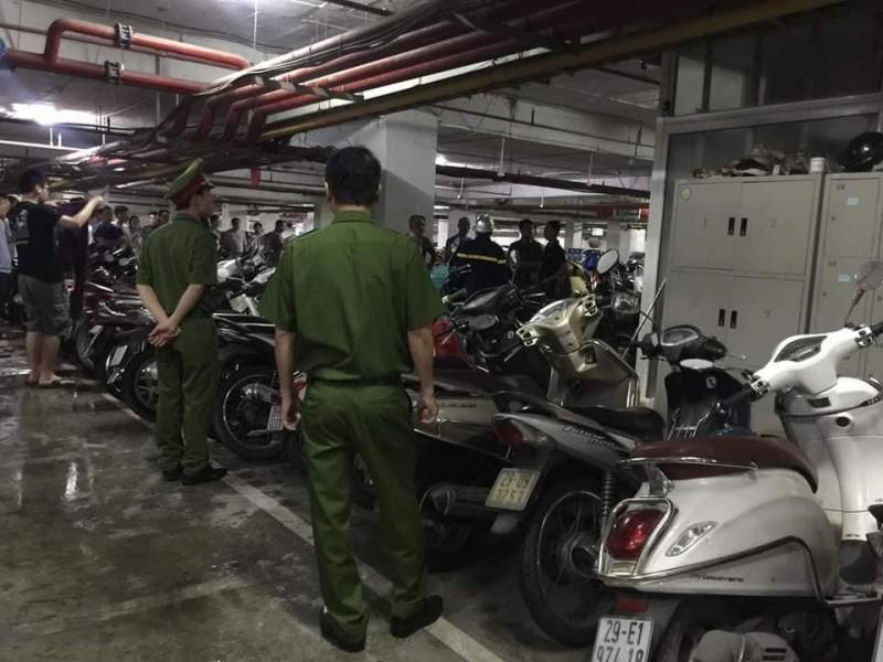 Hà Nội: Cháy tại tầng hầm chung cư Hapulico, nhiều người dân hiếu kỳ