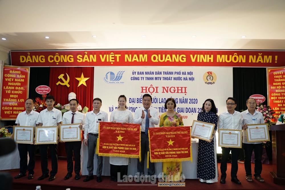 Công ty Thoát nước Hà Nội nỗ lực đảm bảo cuộc sống, việc làm của công nhân