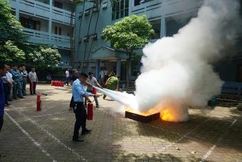 Công ty Nước sạch Hà Nội tập huấn nghiệp vụ phòng cháy chữa cháy và cứu hộ cứu nạn