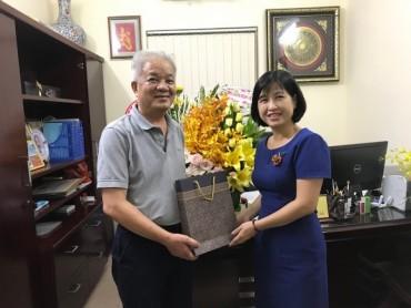Báo Lao động Thủ đô chúc mừng các Công đoàn cấp trên cơ sở trên địa bàn Hà Nội