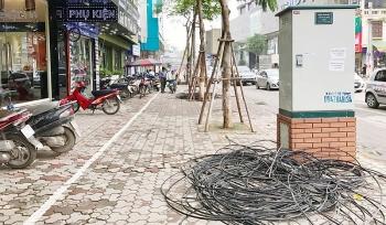 Tiếp tục hạ ngầm đường viễn thông, điện lực 60 tuyến phố trong tháng 7