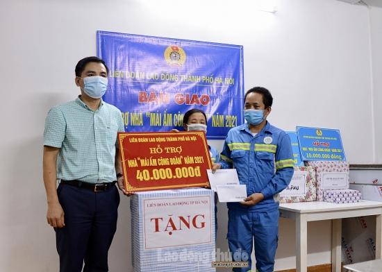 """Trao hỗ trợ """"Mái ấm Công đoàn"""" cho đoàn viên Công đoàn ngành Xây dựng Hà Nội"""