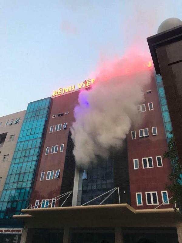 Cháy tại bệnh viện Bưu điện, không có thiệt hại về người