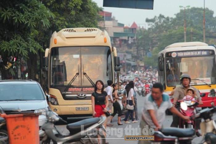 """Xác minh, xử lý """"bến cóc"""" trên địa bàn quận Thanh Xuân, Hà Nội"""
