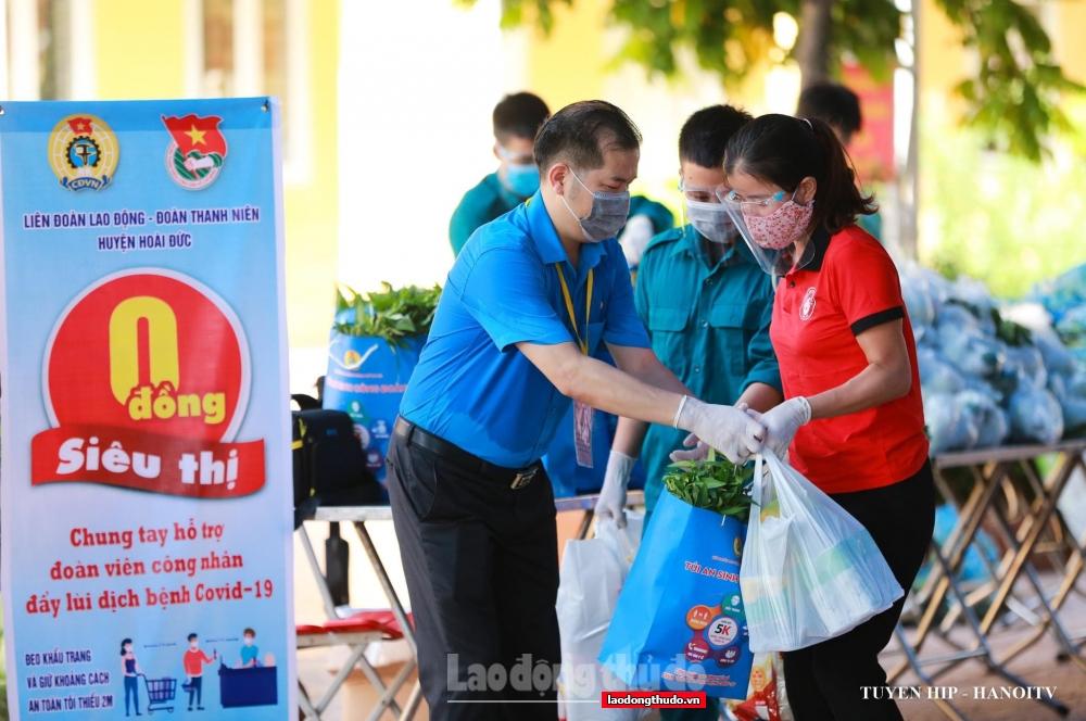 LĐLĐ huyện Hoài Đức hỗ trợ bữa ăn cho đoàn viên trong thời gian thực hiện giãn cách