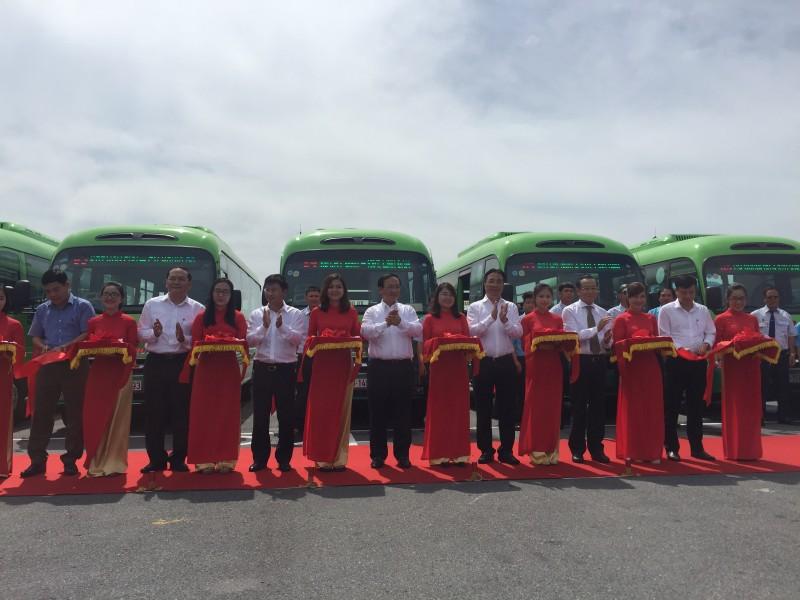 Hà Nội khai trương tuyến buýt gom kết nối các khu đô thị