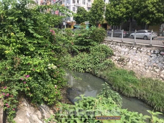 Hà Nội: Công trình kỷ niệm thành nỗi 'ám ảnh' của người dân