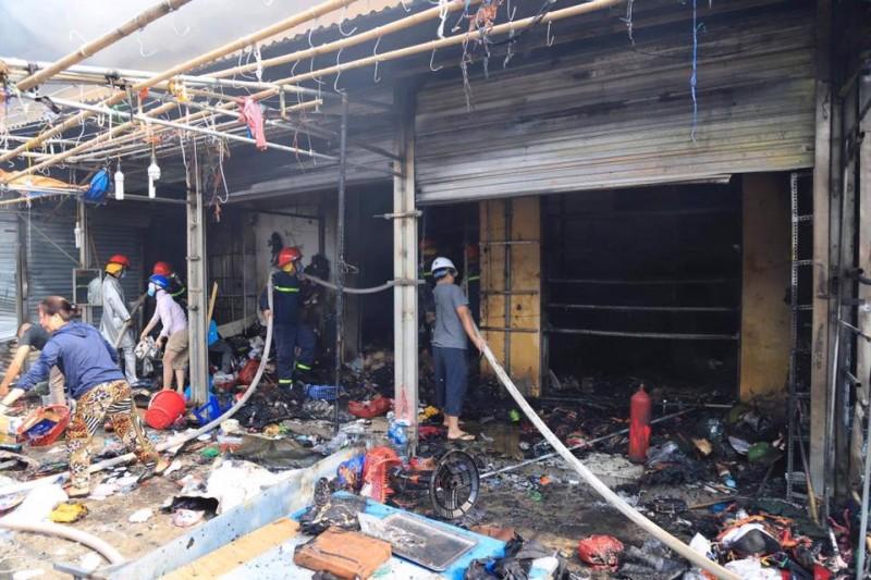 Hà Nội: Ngăn chặn kịp thời đám cháy tại chợ Tó, Đông Anh
