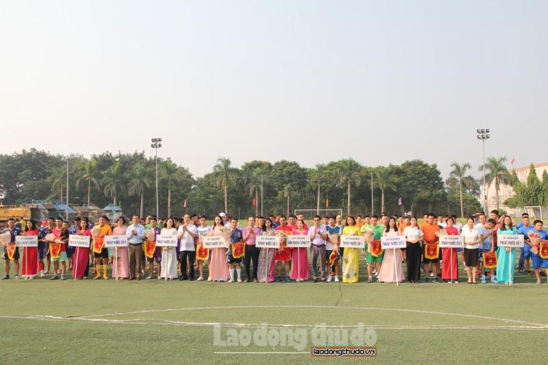 Hơn 200 vận động viên tham gia Giải bóng đá Công ty Thoát nước Hà Nội năm 2019