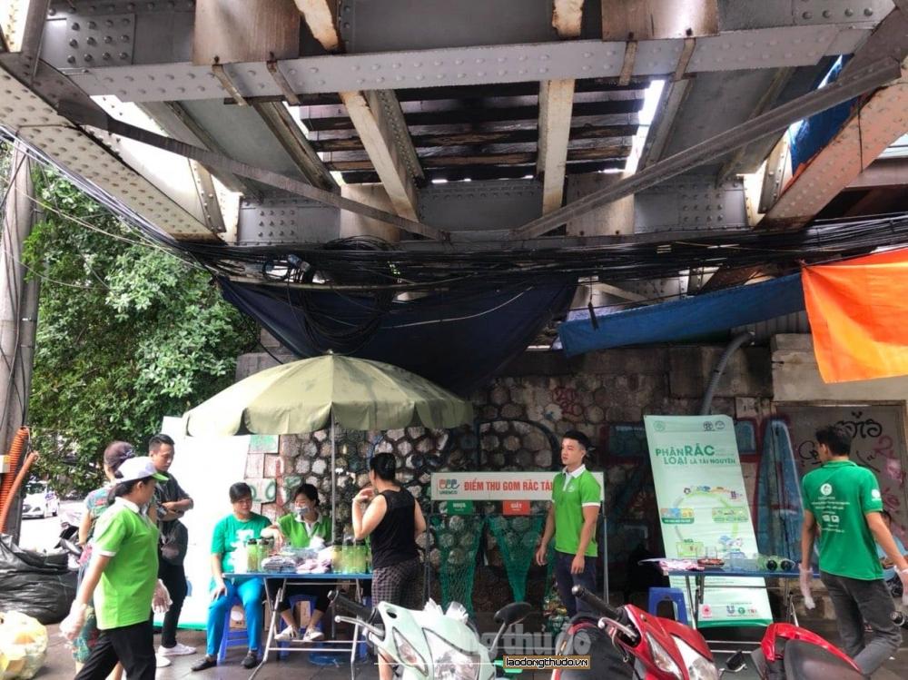 Hà Nội: Tiếp tục thu hơn 2.600 kg rác tái chế trong ngày thứ 7