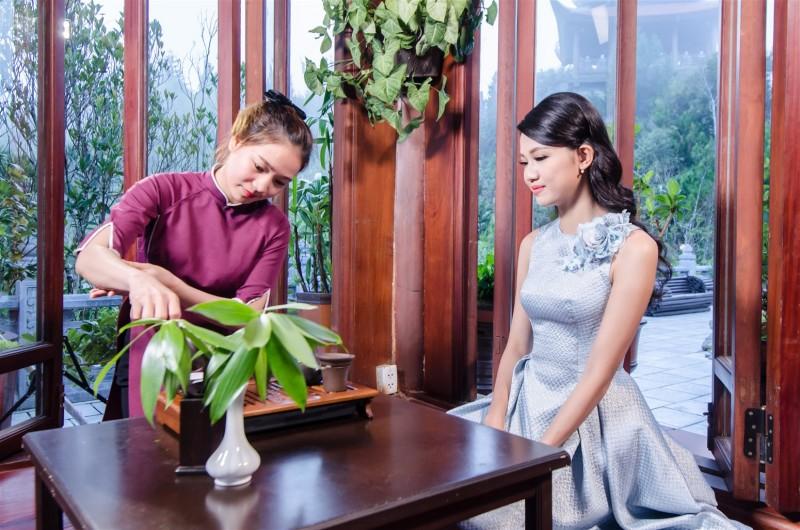 Trải nghiệm vẻ đẹp Bà Nà Hills với Á hậu Thanh Tú