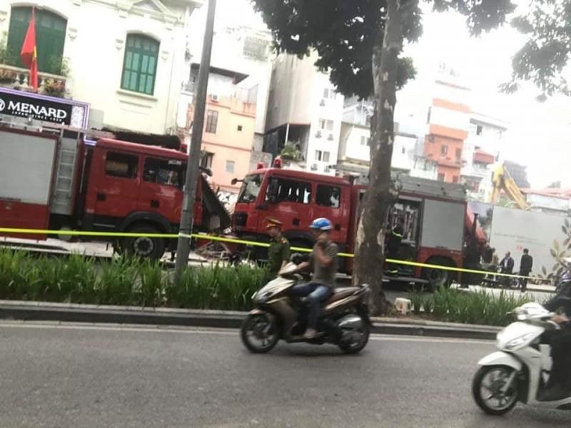 Sự cố sập nhà số 32 phố Lê Thái Tổ, quận Hoàn Kiếm