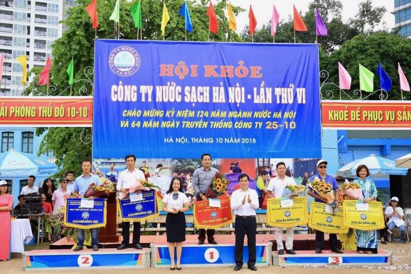 Tưng bừng hội khỏe Công ty Nước sạch Hà Nội