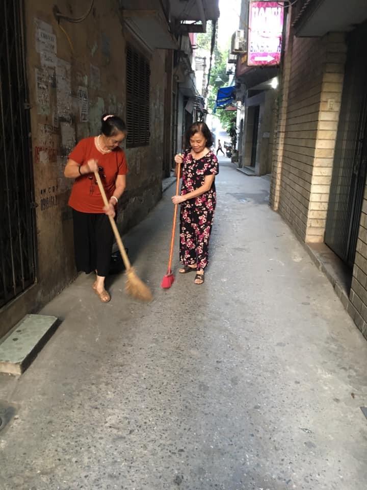 """Hà Nội: Phố sạch, dân vui nhờ """"sáng thứ 7"""""""