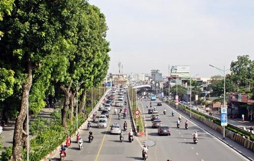 """Hà Nội: Khắc phục """"nút thắt"""" trên đường Nguyễn Văn Huyên"""