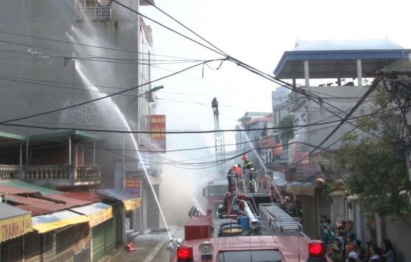 Huyện Phúc Thọ diễn tập phòng cháy chữa cháy, cứu hộ cứu nạn